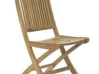 sedia in legno da giardino