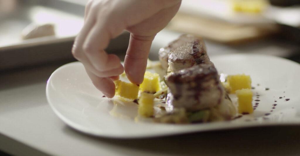 chef stosa cucina nella cucina stosa