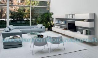 soggiorno contemporaneo bianco