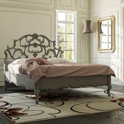 letto in legno di artigianato italiano